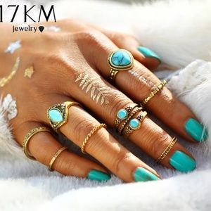 8 piece ring set gold and Turquoise